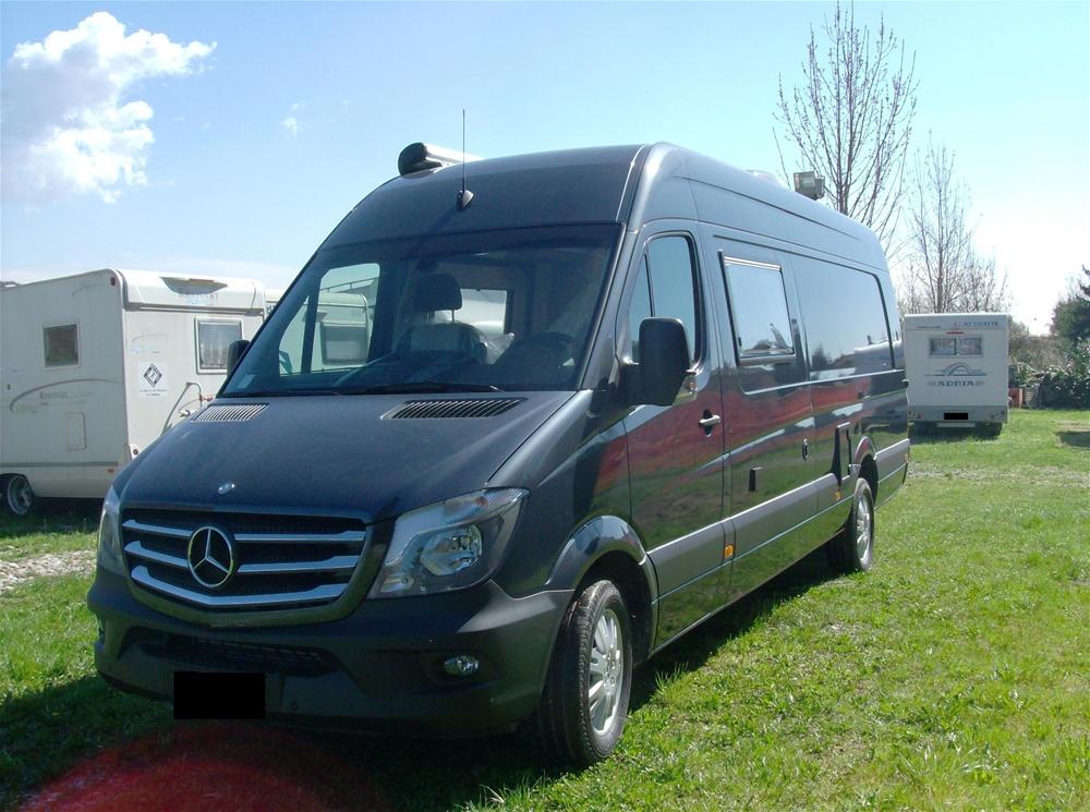 Camper valtesse camper bergamo camper e caravan nuovi e for Kit trasformazione furgone in camper